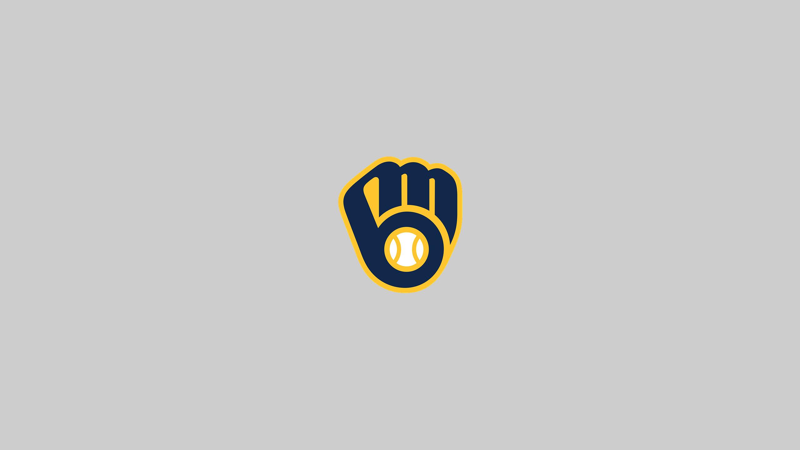Milwaukee Brewers (Away)
